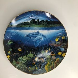 "Underwater Paradise The Danbury Mint 8 1/8"" Plate"